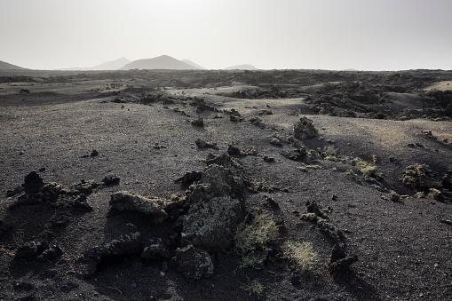 Volcano「Lava plain and distant volcanoes.」:スマホ壁紙(12)