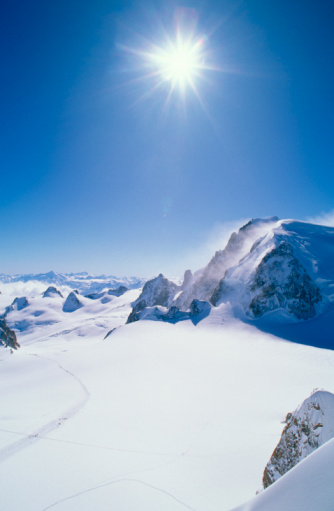 スキー「Sunshine on mountains」:スマホ壁紙(7)