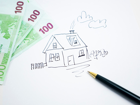 Loan「Drawing of a house with 100 Euro notes」:スマホ壁紙(16)
