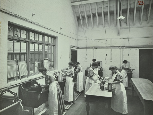 1900-1909「The Washing Room, Battersea Polytechnic, London, 1907. Artist: Unknown.」:写真・画像(10)[壁紙.com]