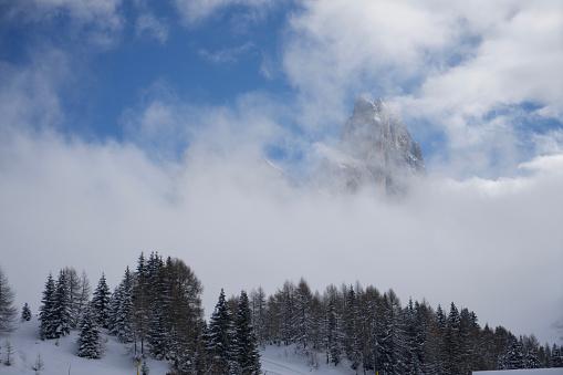 Moody Sky「Italy, Dolomiti, Passo Rolle, Cimon della Pala」:スマホ壁紙(5)