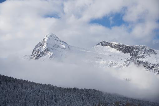 Moody Sky「Italy, Dolomiti, Passo Rolle, Cimon della Pala」:スマホ壁紙(4)