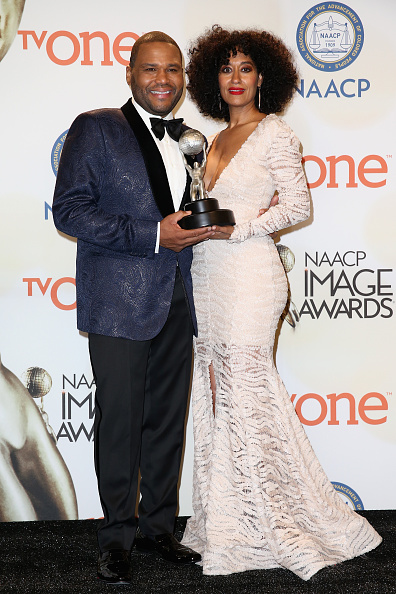 Hannah Simone「46th NAACP Image Awards Presented By TV One - Press Room」:写真・画像(8)[壁紙.com]