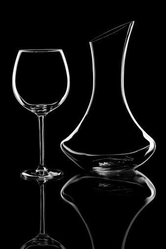 Decanter「Wine glass and carafe」:スマホ壁紙(15)