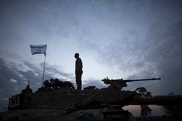 IDF Soldiers Remain On The Gaza Border After Cease Fire:ニュース(壁紙.com)