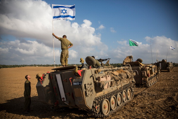 Gaza Strip「Tensions Remain High At Israeli Gaza Border」:写真・画像(2)[壁紙.com]