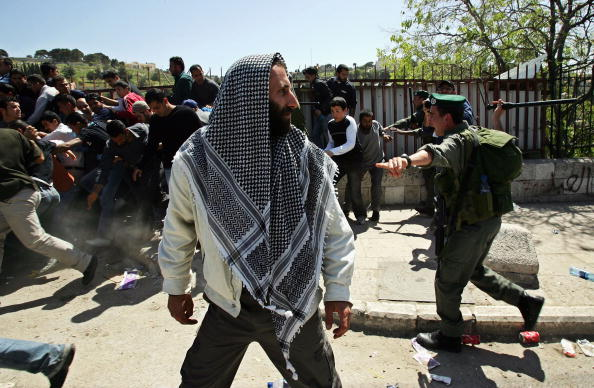 Complexity「Clashes Erupt As Israeli Police Prevent Extremist Jewish Rally On Temple Mount」:写真・画像(15)[壁紙.com]