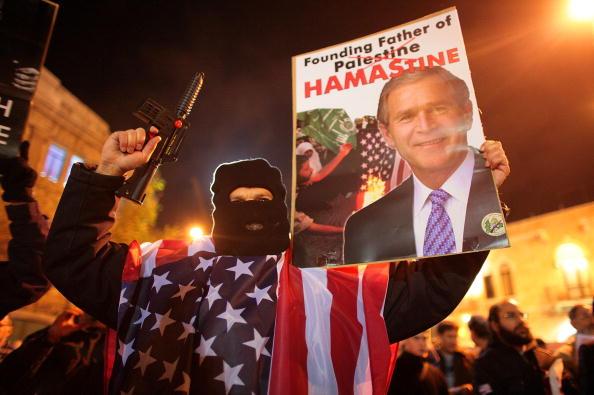 Christopher Furlong「ISR: Israelis Protest Against US President Bush's Visit To Middle East」:写真・画像(14)[壁紙.com]