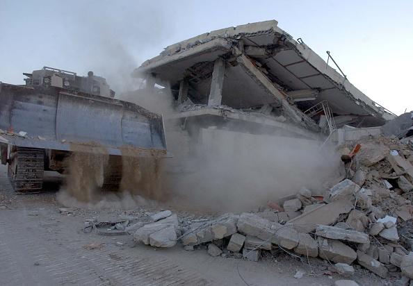 Construction Vehicle「Yasser Arafat's Compound」:写真・画像(0)[壁紙.com]