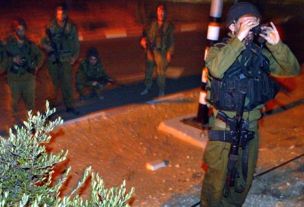 Bulletproof「Jewish Settlers Prepare For Evacuation」:写真・画像(16)[壁紙.com]