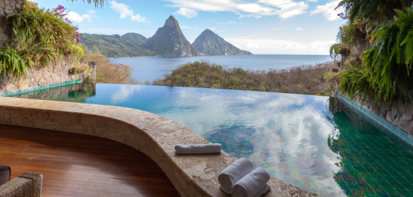 Soufriere「Beautiful view of St. Lucias Twin Pitons from Jade Mountain」:スマホ壁紙(7)