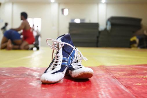 Combat Sport「Wrestling boots at the gym」:スマホ壁紙(9)