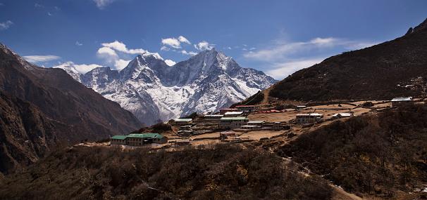 Khumbu「The village of Dole surrounded by Himalayan peaks, Everest Base Camp via Gokyo Trek, Nepal」:スマホ壁紙(4)
