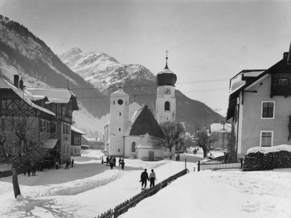 Mountain「Tyrol Village」:写真・画像(1)[壁紙.com]