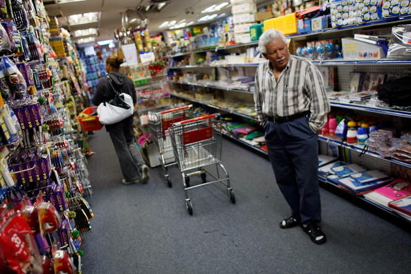 Wallet「Consumer Confidence Index Hits Lowest Level Since Record Began In 1967」:写真・画像(0)[壁紙.com]