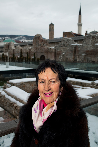 Old Town「Women Of Sarajevo - Revisited」:写真・画像(17)[壁紙.com]