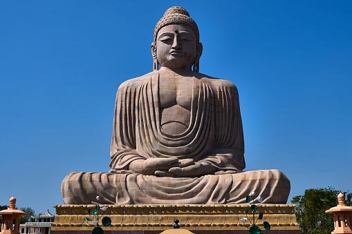 Buddha statue「The Great Buddha statue in Bodhgaya, India」:スマホ壁紙(5)
