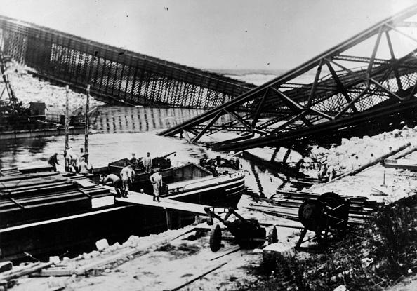 Destruction「Destroying A Bridge」:写真・画像(15)[壁紙.com]