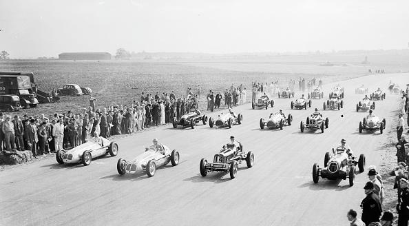Silverstone「Grand Prix Start」:写真・画像(12)[壁紙.com]
