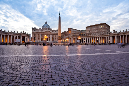 Cathedral「Saint Peter's Basilica in Vatican City at Dusk, Rome」:スマホ壁紙(14)