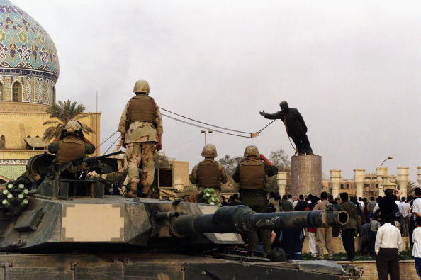 Statue「(FILE) The Third Anniversary Of The Fall Of Baghdad」:写真・画像(9)[壁紙.com]