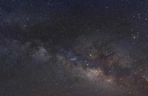 神秘「The Milky Way above Grand Staircase-Escalante NM」:スマホ壁紙(11)