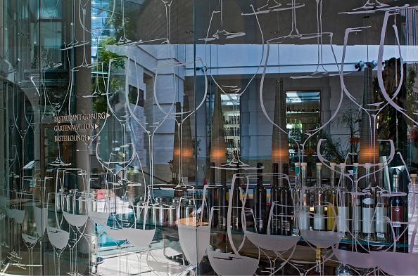 Crockery「Restaurant Coburg」:写真・画像(1)[壁紙.com]