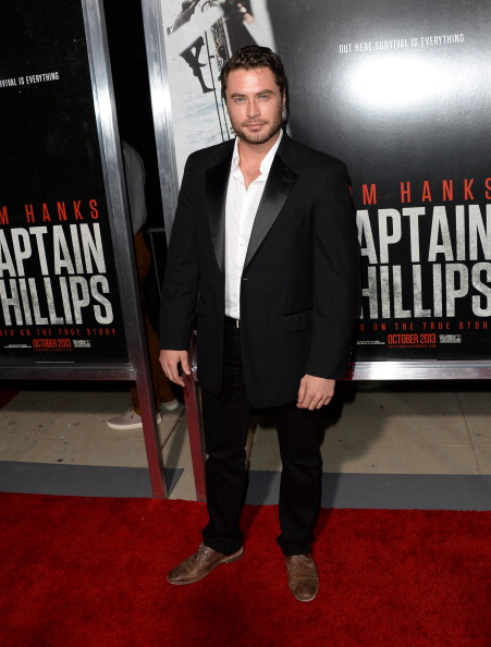 "Jason Phillips「Premiere Of Columbia Pictures' ""Captain Phillips"" - Arrivals」:写真・画像(15)[壁紙.com]"