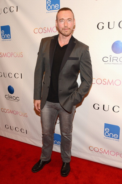 "Straight leg pants「""Cosmopolis"" New York Premiere - Inside Arrivals」:写真・画像(1)[壁紙.com]"