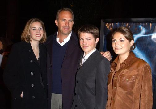 とんぼ「Dragonfly Film Premieres In Los Angeles」:写真・画像(4)[壁紙.com]