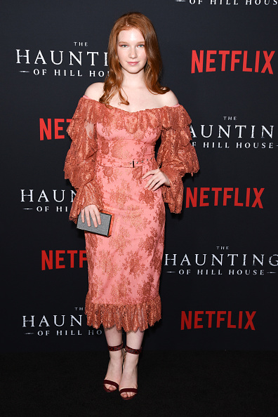 "Event「Netflix's ""The Haunting Of Hill House"" Season 1 Premiere - Arrivals」:写真・画像(10)[壁紙.com]"
