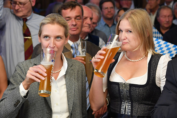 上半身「Bavaria Holds State Elections」:写真・画像(17)[壁紙.com]