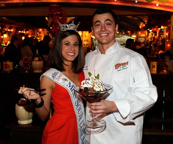 Sweet Food「Miss America Contestants Visit Buca Di Beppo Restaurant」:写真・画像(16)[壁紙.com]