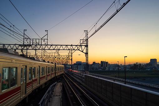Tokyo - Japan「Suburban train」:スマホ壁紙(18)