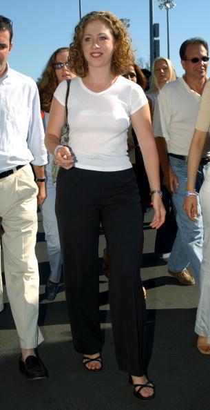 2002「Chelsea Clinton At 2002 U.S. Open Tennis」:写真・画像(14)[壁紙.com]