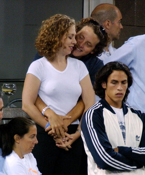 2002「Chelsea Clinton And Boyfriend Watch 2002 U.S. Open Mens Finals」:写真・画像(8)[壁紙.com]