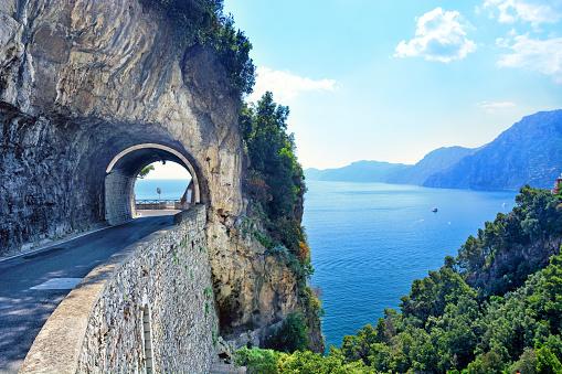 Amalfi Coast「Road on Amalfi Coast, Italy」:スマホ壁紙(8)