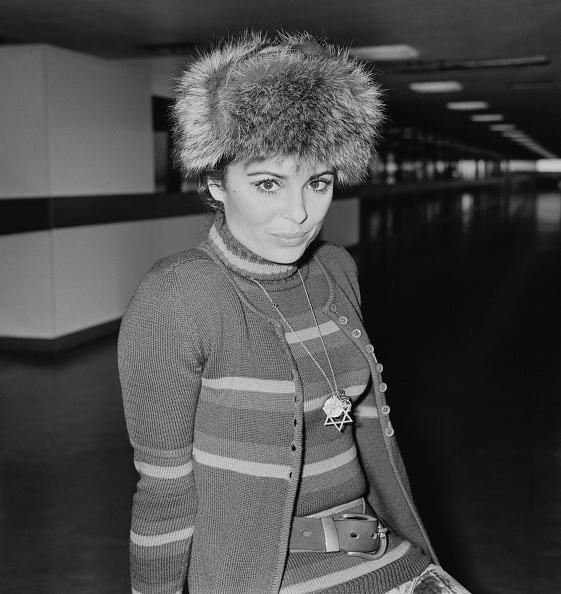 Heathrow Airport「Daliah Lavi」:写真・画像(2)[壁紙.com]