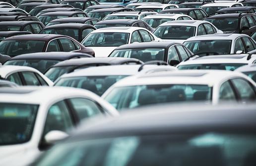Parking Lot「car」:スマホ壁紙(5)