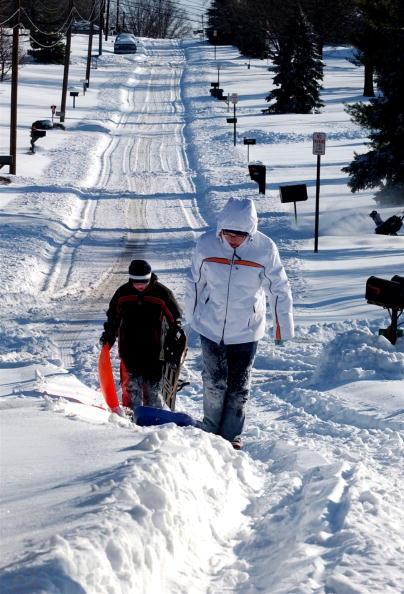 Snowdrift「Major Winter Storm Hits Ohio Before Christmas」:写真・画像(16)[壁紙.com]