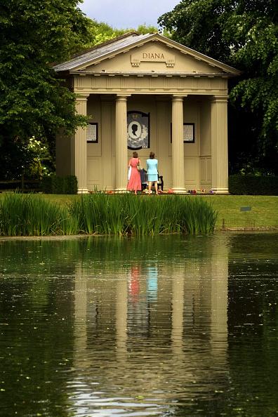 Elizabethan Style「Althorp Estate Re-opens to the Public」:写真・画像(10)[壁紙.com]