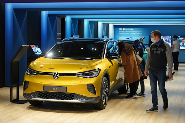 Volkswagen「Volkswagen Seeks Strong Access To Electric Market With ID.3 And ID.4 Cars」:写真・画像(8)[壁紙.com]