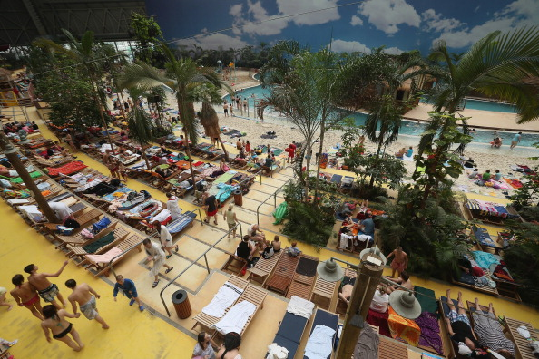 Health Spa「Tropical Islands Lures Winter Tourists」:写真・画像(19)[壁紙.com]