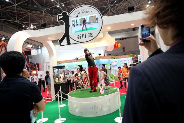 石川遼「International Tokyo Toy Show 2010 Begins」:写真・画像(7)[壁紙.com]