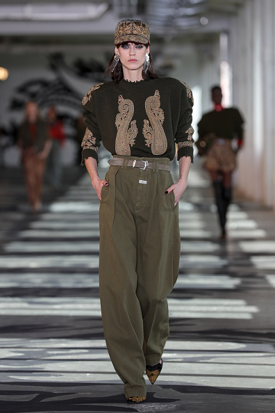 Embroidery「Etro - Runway - Milan Fashion Week Fall/Winter 2021/2022」:写真・画像(11)[壁紙.com]