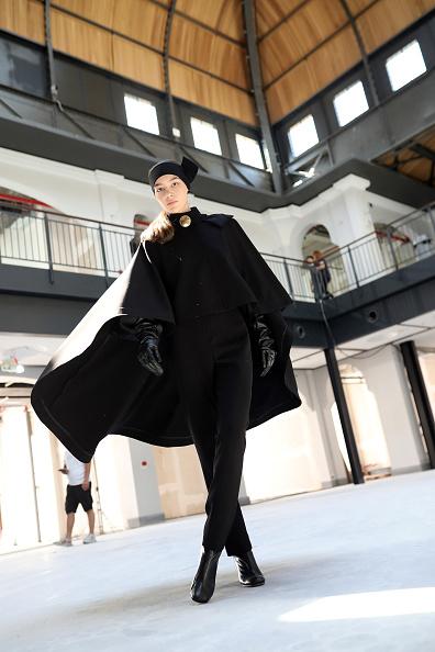 T 「T.A.G.G. - Backstage - Mercedes-Benz Fashion Week Istanbul - October 2020」:写真・画像(6)[壁紙.com]