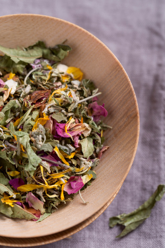 Pot Marigold「Herbal tea in a bowl」:スマホ壁紙(15)