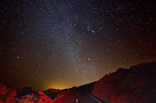 star sky「Mountain Road と Milkyway :」:スマホ壁紙(2)
