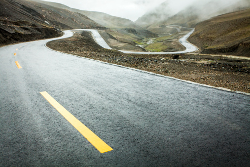 Dividing Line - Road Marking「Mountain road in Tibet, China」:スマホ壁紙(15)