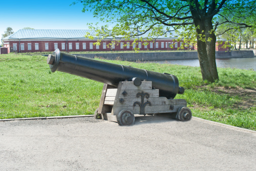 Battle「Old cannon in Kronstadt」:スマホ壁紙(11)